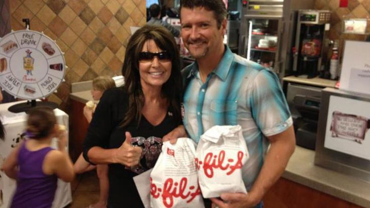 Sarah and Todd Palin at Chick-fil-A. The couple supports the company's anti-gay marriage stance | #ChickfilA