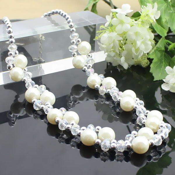 Blanc perle graine + collier en cristal