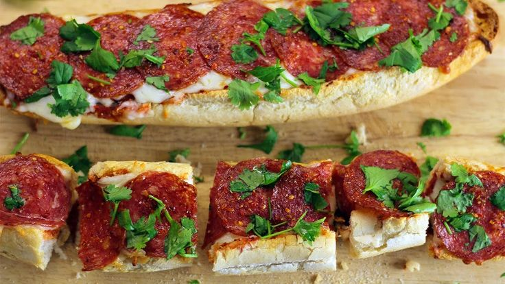 КАК СДЕЛАТЬ ПИЦЦУ. Рецепт пиццы в духовке   Без Фартука