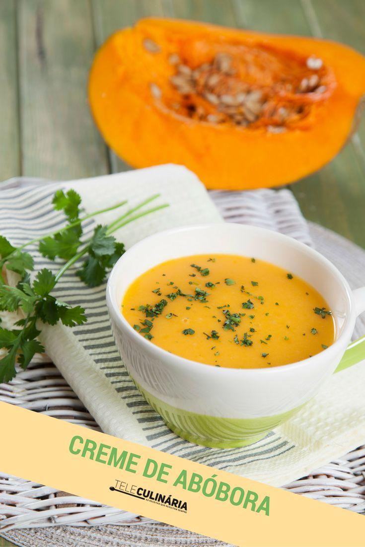 E uma sopa destas para o almoço ou jantar? Tem tão bom aspecto! Experimente este creme de abóbora com coentros e tenha um jantar 5 estrelas! Veja como se prepara em http://www.teleculinaria.pt/receitas/creme-abobora-coentros/ #teleculinaria #teleculinária #receitas #sopas #creme #abóbora #comida #recipes #soup #pumpkin #food #ideiasparajantar #jantar #almoço