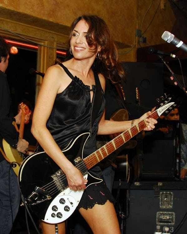 9f48f6951a47b Hot Susanna Hoffs Pics | Near-Nude Susanna Hoffs Photos | Shredding ...