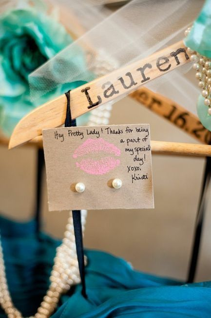 bridesmaid gift ideas... the coat hanger, necklace, ear rings attached with dress
