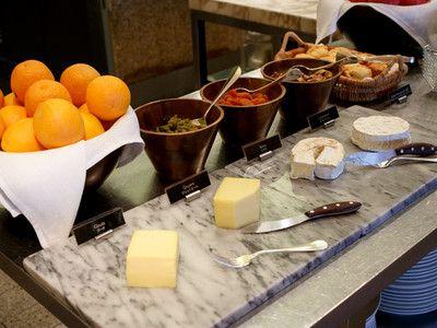 グランドハイアット東京 『フレンチ キッチン (THE FRENCH KITCHEN)』 朝食ブッフェ 「フレンチ キッチン ブレックファスト」 2014年8月