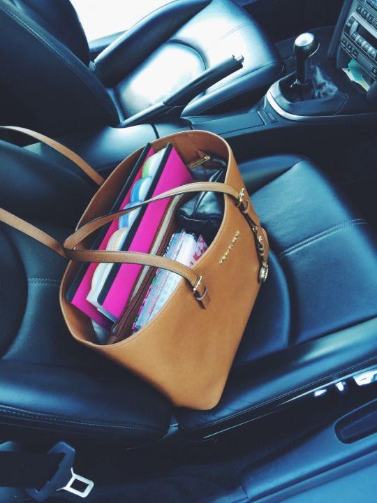 #Mickael Kors #bag Diese und weitere Taschen auf – Michelle