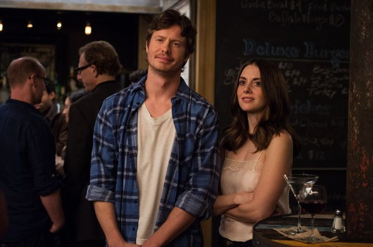 Image of Alison Brie and Anders Holm in How to Be Single