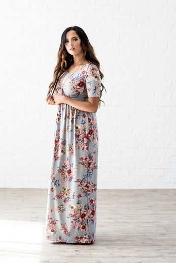 Finding modest dresses can be incredibly difficult in Australia - this gorgeous dress is a maxi dress with sleeves from Omika. Omika ships worldwide from Perth!