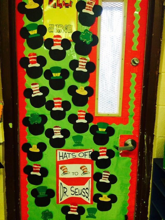 My classroom door ready for March!! | Dr Seuss | Pinterest ...