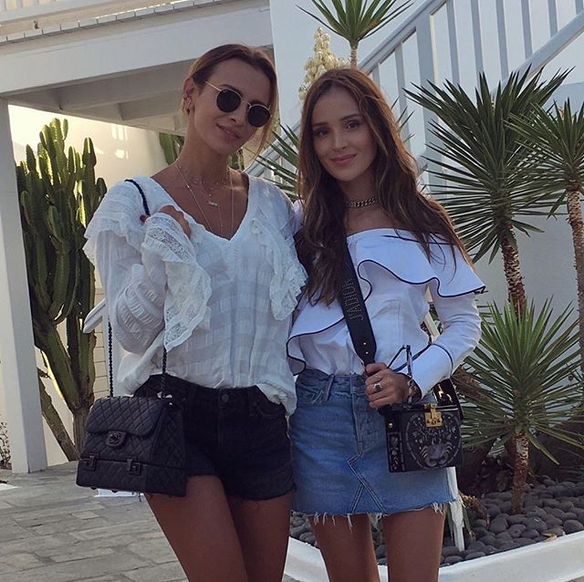 Instagram media by marina_official - ⭐️Mykonos is always a good idea...⭐️👯✌️️ #mykonos #mykonos2017 #marinaisara #sista #Friends #ootd #outfit #outfitoftheday #streetstyle #besties #summervibe #dior #chanel #summerstyle #goodfriends #saraimarina