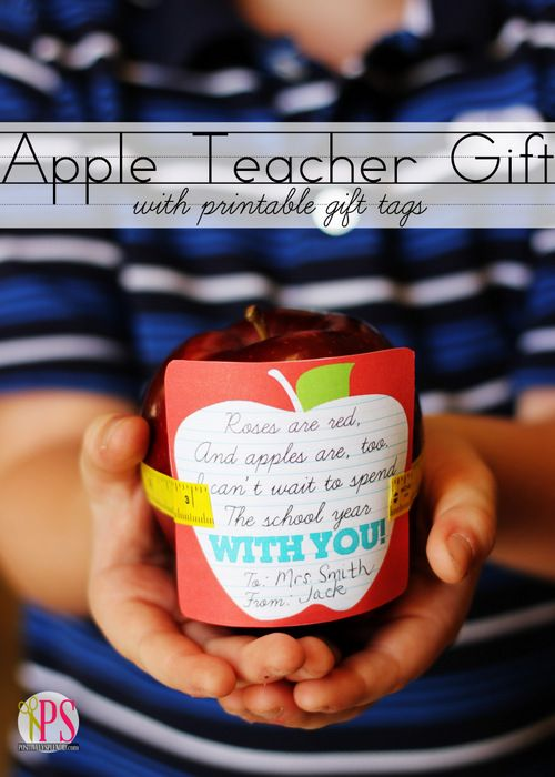 Apple Teacher Gift with Free Printable Gift Tag at PositivelySplendid.com: Teacher Gifts, Printable Gift, Teacher Appreciation, Gift Ideas, Gift Tags, First Day Of School, Free Printable, Teachers