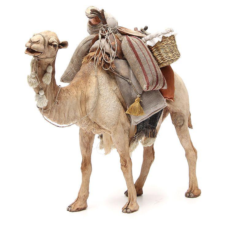 Camello con bolsas Angela Tripi 30 cm | venta online en HOLYART