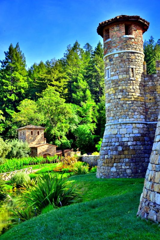 An Authentic 13th-century Tuscan-Inspired Castle in Napa Valley. Visting Castello di Amorosa, Napa, CA