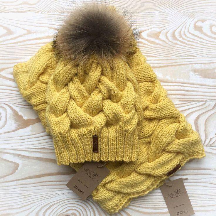 Купить Вязаный комплект: шапочка и снуд - шапка с помпоном, шапка с пумпоном, красивая шапочка