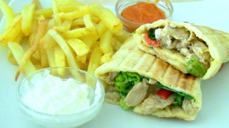 شوارما الدجاج احلى من شوارما المطاعم  مع الخبز الشامي ناجح مئة في المئة - YouTube