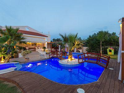Rethymno villa rental - The pool is beautiful at night!