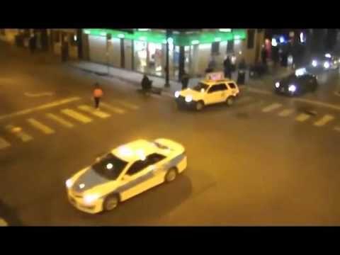 EISTOEPANIDEIN: Φρίκη! Καρέ καρέ η δολοφονική επίθεση ενός άνδρα (VIDEO)