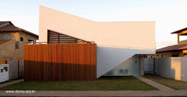 Modern house in Brasilia - Casa Tangram vivienda familiar de estilo Contemporáneo