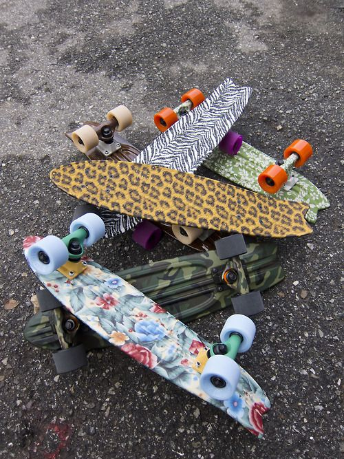 "Globe | Bantam ST 23"" Plastic Skateboard Complete $89.95  That grandma's couch print one is awesome..."