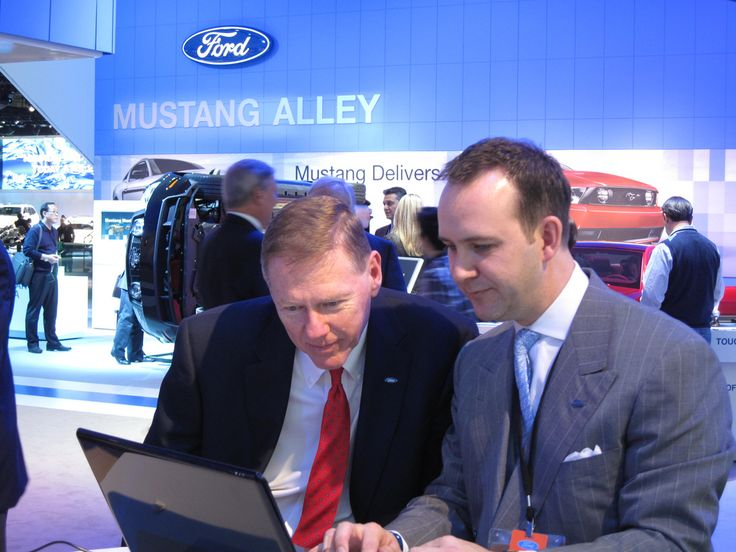 https://flic.kr/p/7vbLf4 | Alan Mulally and Scott Monty kick off the Social Media Jam on Twitter