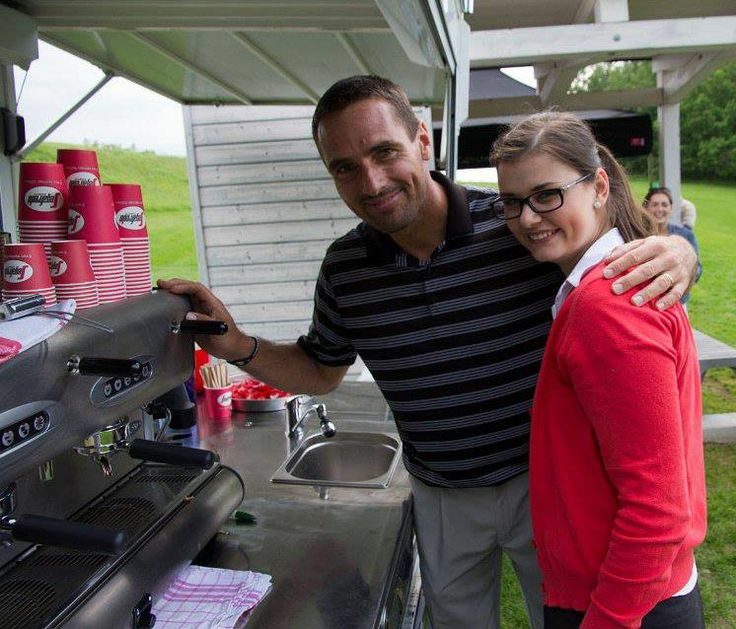 Roman Šebrle zavítal ke stánku s kávou Segafredo.