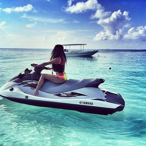Jet skiing around the Bahamas is the closest I've come to heaven! Need one!