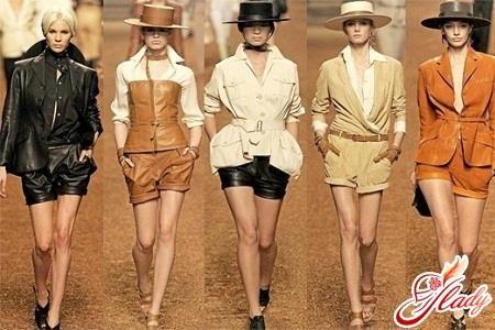 Женские шорты в стиле сафари