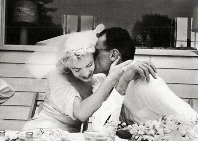 Γάμοι με λογοτεχνική αύρα: Διάσημοι συγγραφείς την ημέρα του γάμου τους