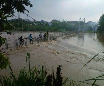 Flood in my country..... Dayeuhkolot, West Java, INDONESIA