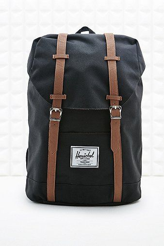 Herschel Retreat Backpack in Black - Urban Outfitters