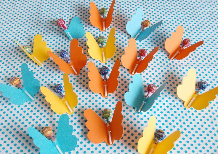 Lustige Schmetterlinge als Mitgebsel für den Kindergeburtstag :o)  http://nadelfein.blogspot.de/