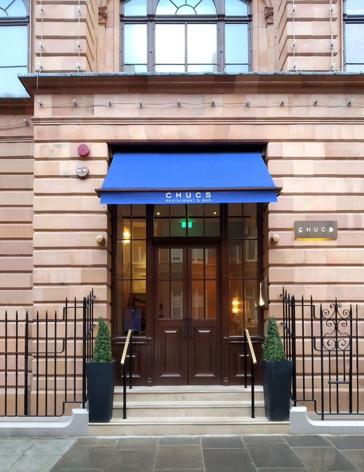 Victorian awning installed at Achucs Knightsbridge ...