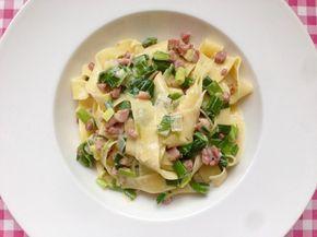 Pasta met prei, spek en room | Bekijk dit lekkere en simpel te bereiden pasta recept op Alles Over Italiaans Eten