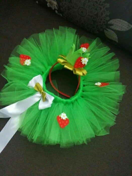 """костюм """"клубничка"""", юбка ту-ту, юбка пачка и ободок с короной из Фома и атласной ленты"""
