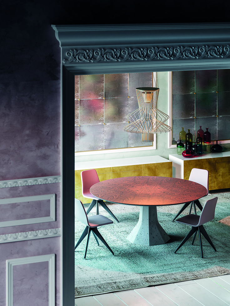 """""""An empty room is a story waiting to happen, and you are the author"""" -  Charlotte Moss (Interior designer)   Today we suggest a classical Style Story, written by Potocco"""
