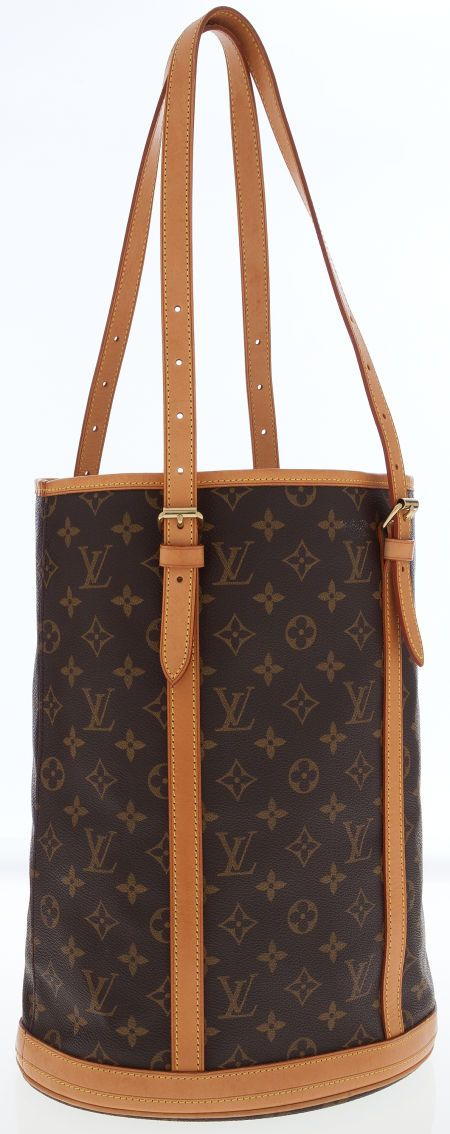 A classic Louis Vuitton bucket bag in the timeless monogram canvas.