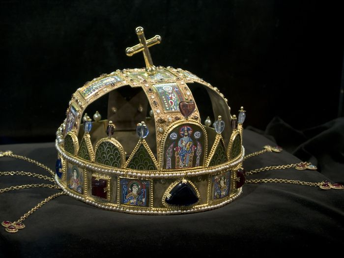 17+ images about hungarian crown jewels on Pinterest ...