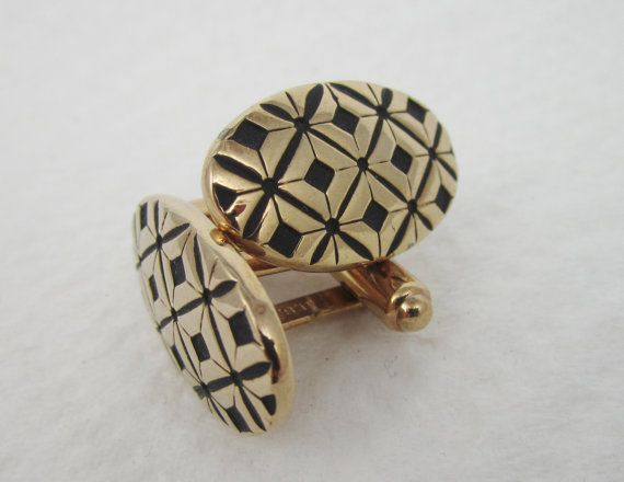 Vintage Cufflinks Black Pattern Cuff Links by LadyandLibrarian, $51.00 #vintage #cufflinks #ladyandlibrarian