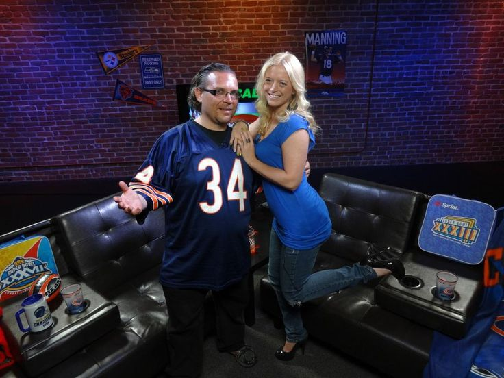 Did you enjoy that ‪#‎Preseason‬ ‪#‎NFL‬ tonight? It's time to get your ‪#‎Fantasyfootball‬ draft in order. Watch Two die-hard #Bears fans and OUR FREE WEEKLY VIDEOCAST on the.Stream.tv to get some BALLSY picks. http://www.youtube.com/watch?v=nNqzFDwU1KI=c4-overview=UUAD4N6kTKX4IUUeP0t_US9g