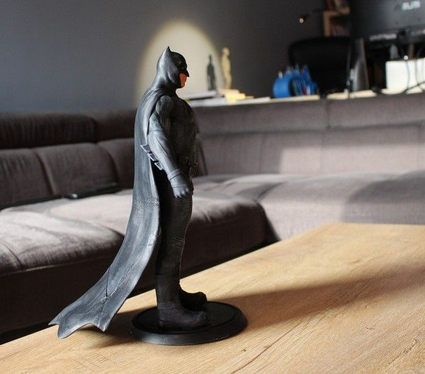 http://fichier3d.fr/batman-vs-superman-imprime-en-3d/ Batman vs superman ben affleck figurine imprimée en 3D statuette figure tutus cults stl fichier 3D 2