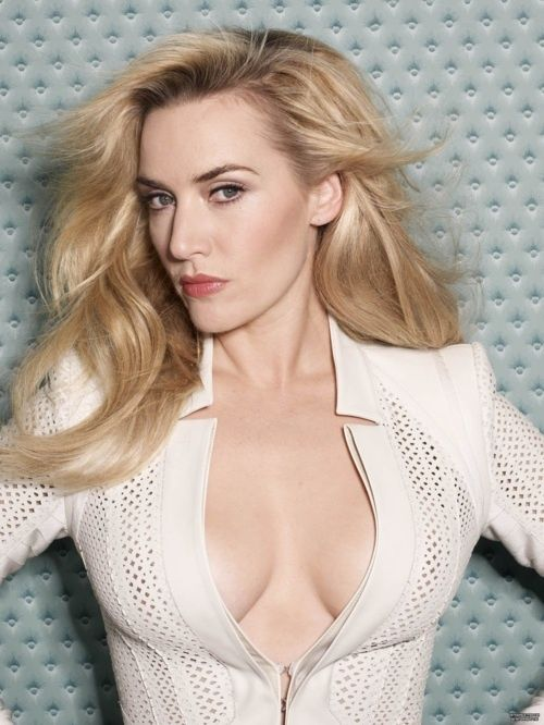 Kate Winslet: hot cleavage!