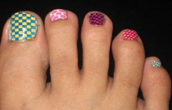 Diseños para uñas de los pies, diseno-para-unas-delos-pies-verano.   #diseñouñas #nails #uñassencillas