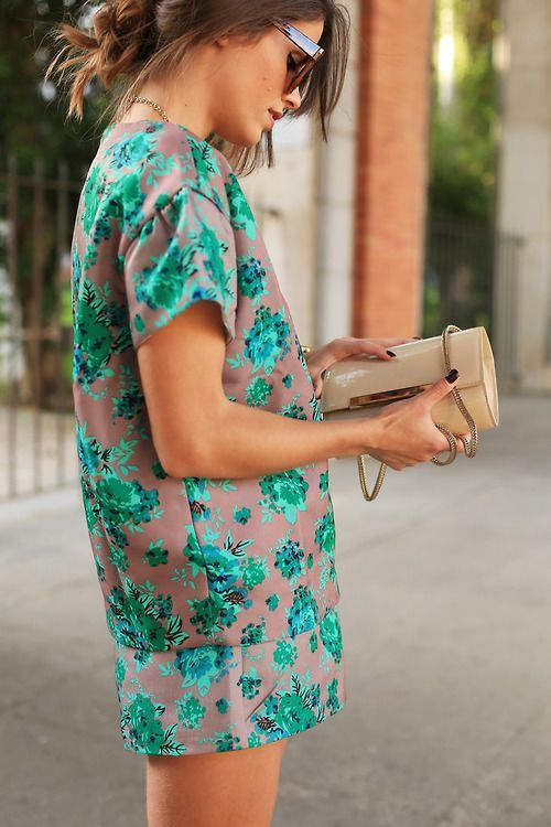 Green floral cocoon shirt and matching skirt set.