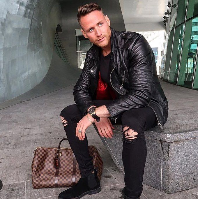 Leather Jacket Outfits, Leather Biker Jackets, Leather Men, Men's Jackets,  Cliff, Handsome, Menswear, Men's Fashion, Leather