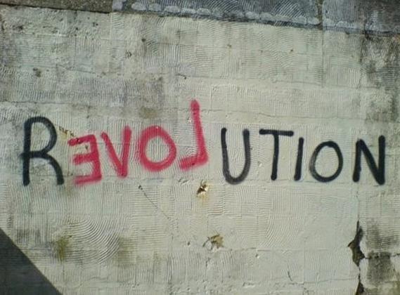 Revolution                                                                                                                                                                                 Más