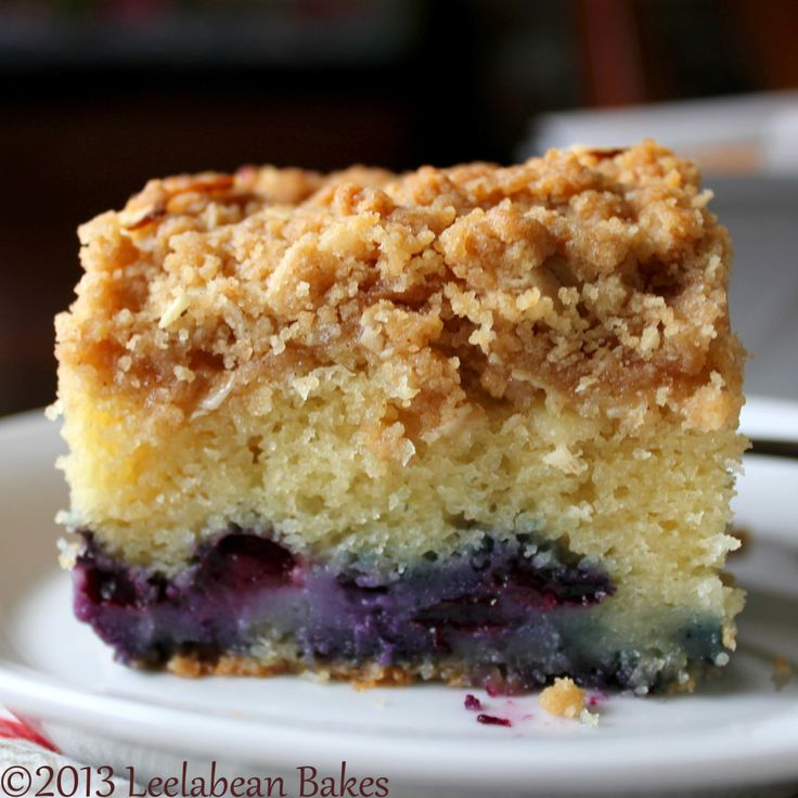Blueberry Crumb Cake- making this today with fresh picked blueberries ...