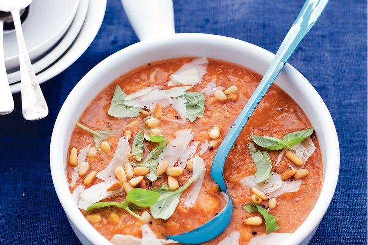 Rijkgevulde tomatensoep - Recept - Allerhande