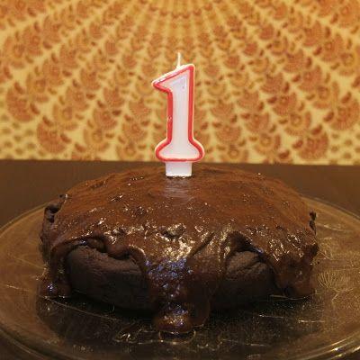 O bolo do 1º aniversário - sem trigo, sem glúten e sem açúcar!