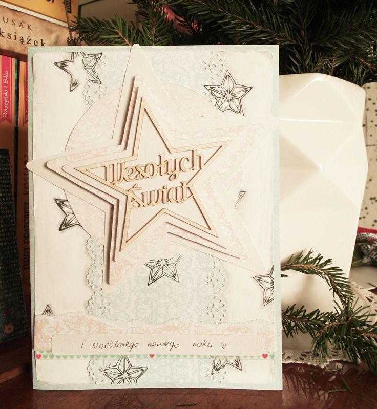 Wysyłanie kartek świątecznych z okazji Bożego Narodzenia to bardzo miła tradycja. Niestety dużo osób rezygnuje z tego sposobu i przesyła życzenia smsem lub mailem... Zachęcamy jednak do przygotowania własnej kartki z życzeniami bożonarodzeniowymi. Z pewnością osobie, która ją otrzyma sprawi podwójną radość.