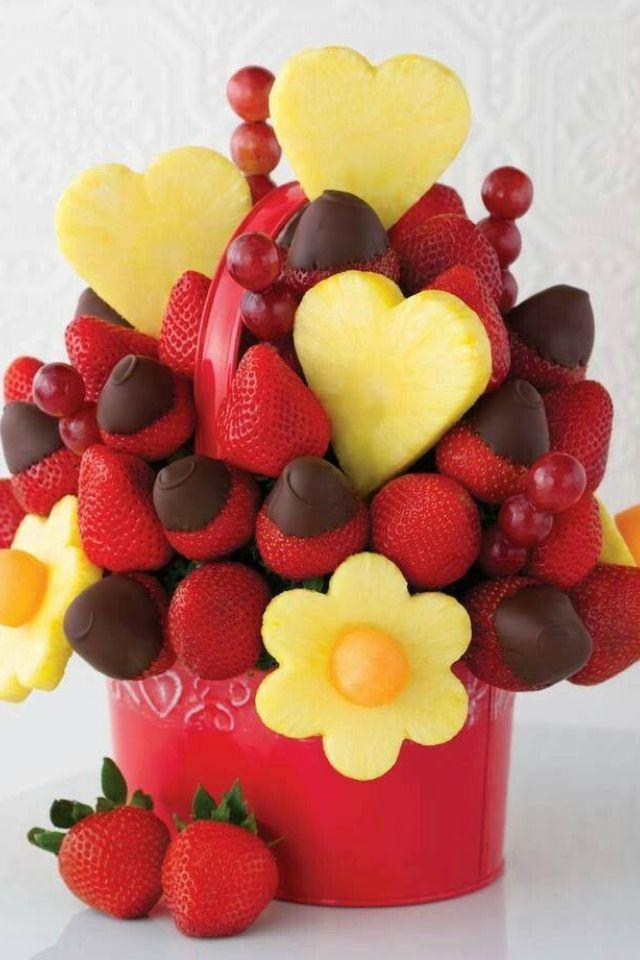 the 25 best bouquet de fruits ideas on pinterest fruits decoration talage de fruits de luau. Black Bedroom Furniture Sets. Home Design Ideas