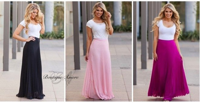This fully lined chiffon maxi skirt has us swooning! The light weight fabric is perfect for both spring and summer!