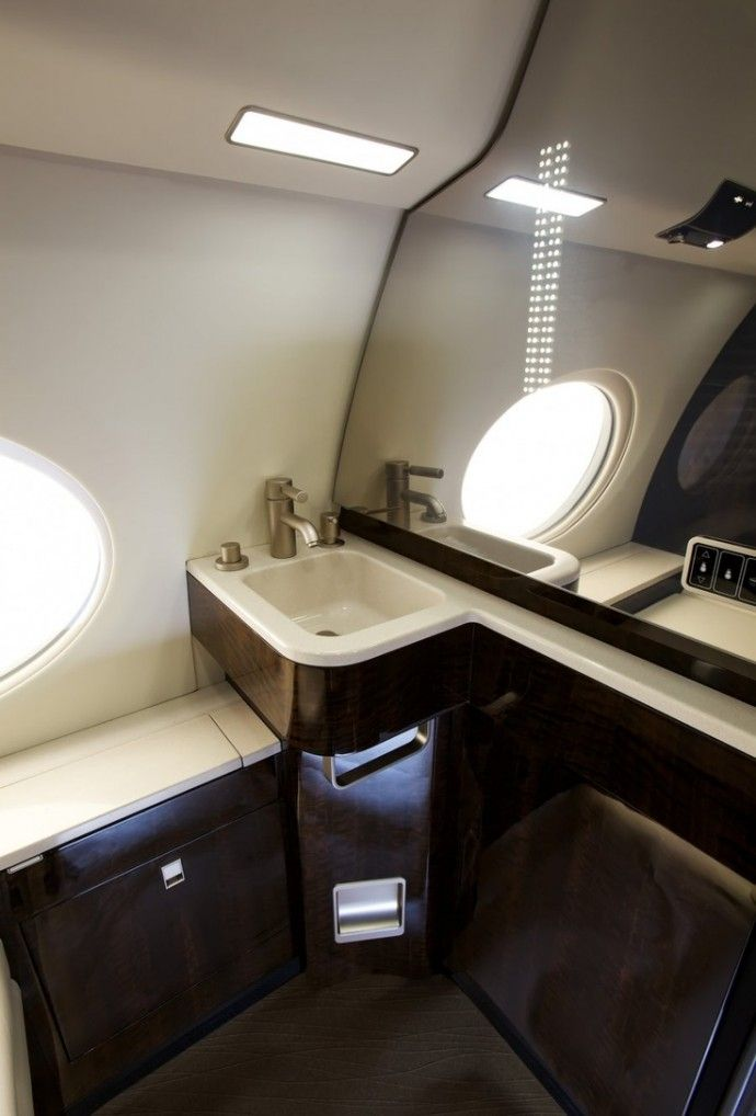 Bathroom Private Jet Gulfstream G650